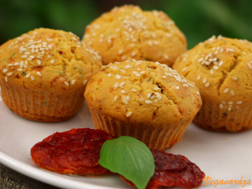 Zöldfűszeres sós muffin